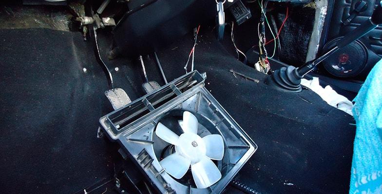 Замена радиатора отопителя Hyundai