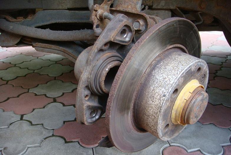 Замена переднего тормозного диска и суппорта hyundai accent